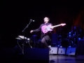 elvis-costello-flying-mojo-guitar-glasgow-6-25-2006